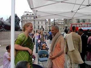 A random pic of me and my guru Krishna-Kshetra Prabhu at another Ratha Yatra. I just discovered it on a random blog site.
